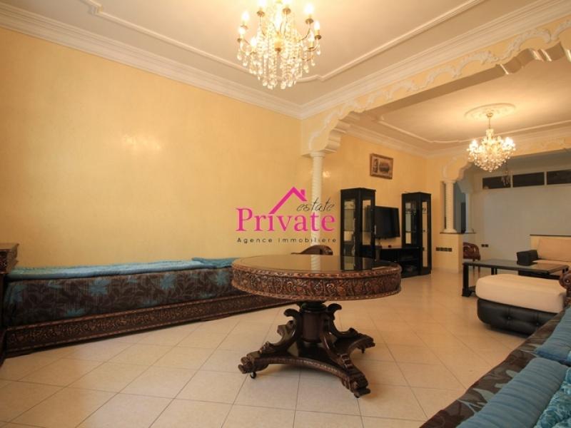 Vente,Appartement 236 m² QUARTIER HÔPITAL ESPAGNOL ,Tanger,Ref: VA231 3 Bedrooms Bedrooms,2 BathroomsBathrooms,Appartement,QUARTIER HÔPITAL ESPAGNOL ,1642