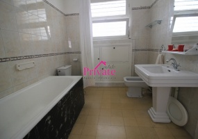 Location,Appartement 180 m² CENTRE VILLE,Tanger,Ref: LA476 3 Bedrooms Bedrooms,2 BathroomsBathrooms,Appartement,CENTRE VILLE,1669