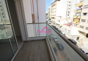 Location,Appartement 98 m² QUARTIER ADMINISTRATIF,Tanger,Ref: LG489 2 Bedrooms Bedrooms,2 BathroomsBathrooms,Appartement,QUARTIER ADMINISTRATIF,1684