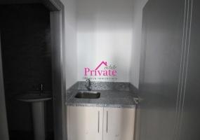 Location,Bureau 60 m² PLAYA TANGER,Tanger,Ref: LG521 ,1 Room Rooms,1 BathroomBathrooms,Bureau,PLAYA TANGER,1733