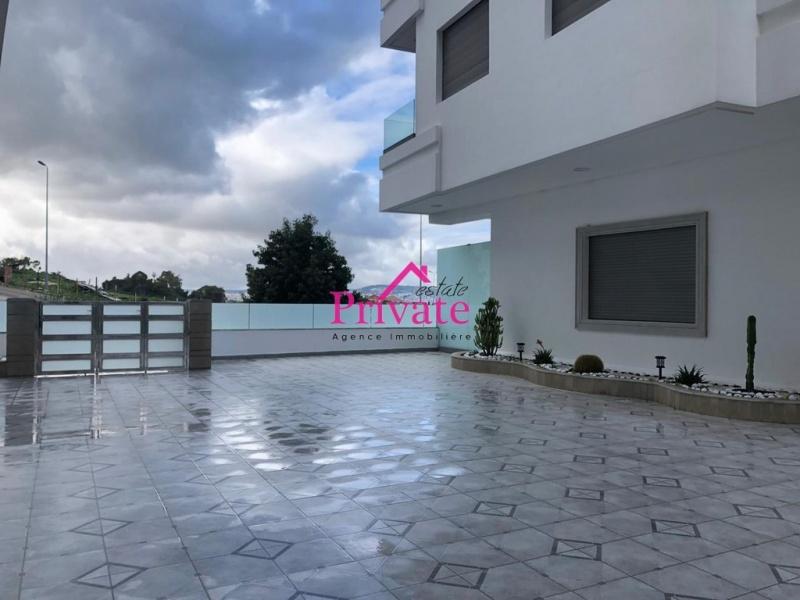 Location,Appartement 120 m² MALABATA,Tanger,Ref: LZ528 2 Bedrooms Bedrooms,2 BathroomsBathrooms,Appartement,MALABATA,1744
