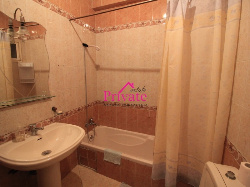 Location,Appartement 130 m² QUARTIER HÔPITAL ESPAGNOL,Tanger,Ref: LG533 3 Bedrooms Bedrooms,1 BathroomBathrooms,Appartement,QUARTIER HÔPITAL ESPAGNOL,1755