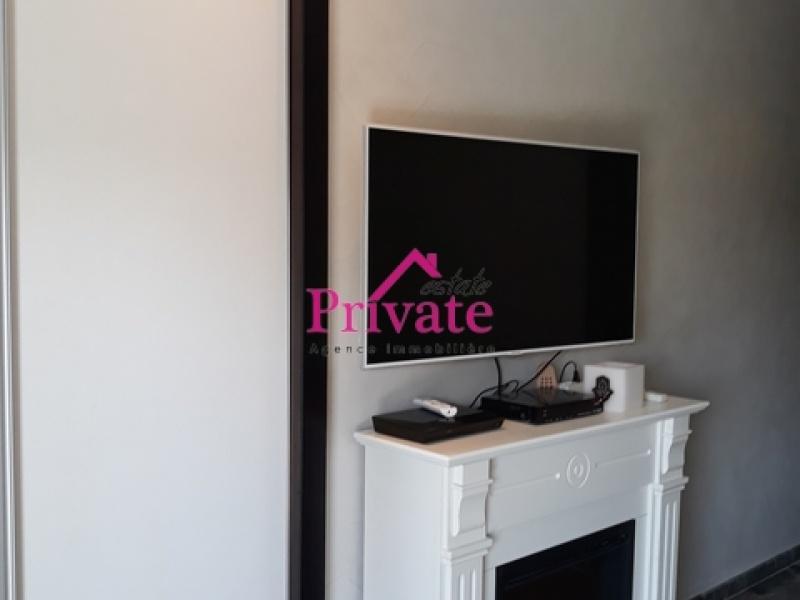 Location,Appartement 120 m² PERLE BLEUR,Tanger,Ref: LA286 3 Bedrooms Bedrooms,2 BathroomsBathrooms,Appartement,PERLE BLEUR,1294