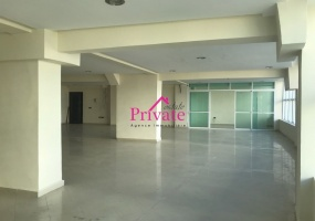 Location,Bureau 250 m² CORNICHE,Tanger,Ref: LA348 1 Bedroom Bedrooms,1 Room Rooms,1 BathroomBathrooms,Bureau,CORNICHE,1403