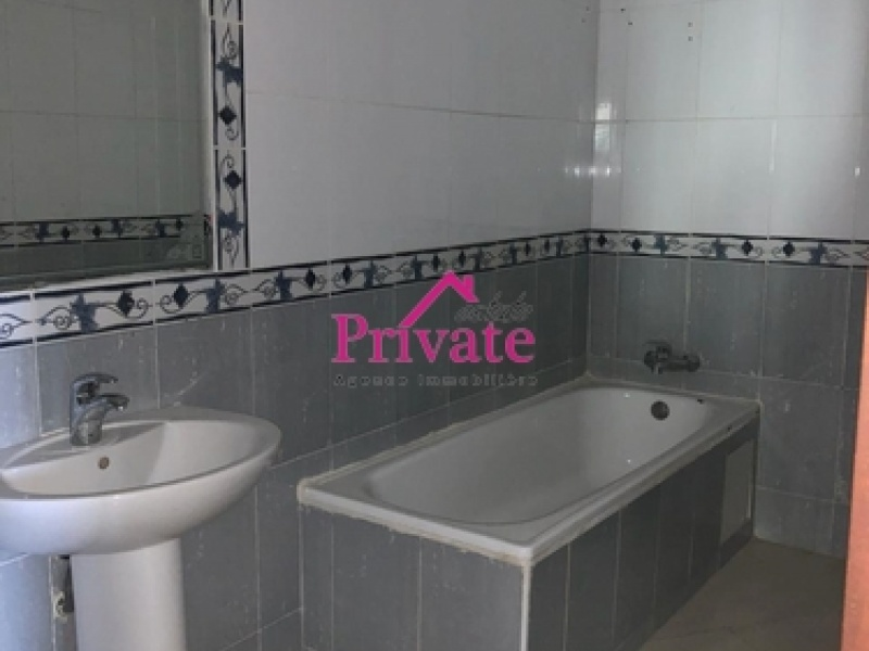 Location,Appartement 160 m² ,Tanger,Ref: LG387 3 Bedrooms Bedrooms,1 BathroomBathrooms,Appartement,1474