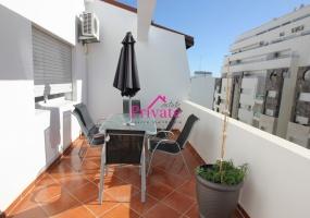 Location,Appartement 100 m² ,Tanger,Ref: LZ396 2 Bedrooms Bedrooms,1 BathroomBathrooms,Appartement,1486