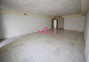 Location,Bureau 126 m² ,Tanger,Ref: LZ404 ,2 Rooms Rooms,1 BathroomBathrooms,Bureau,1502