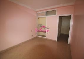 Vente,Appartement 245 m² AVENUE MOLAY YOUSSEF,Tanger,Ref: VZ202 3 Bedrooms Bedrooms,1 BathroomBathrooms,Appartement,AVENUE MOLAY YOUSSEF,1527