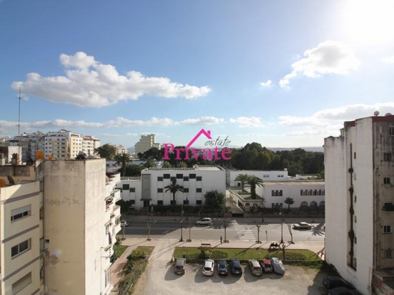 Location,Appartement 220 m² QUARTIER IBIRIA,Tanger,Ref: LZ428 4 Bedrooms Bedrooms,2 BathroomsBathrooms,Appartement,QUARTIER IBIRIA,1548