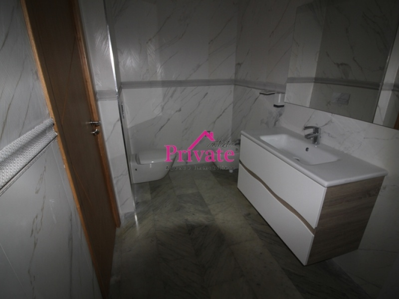 Location,Appartement 180 m² QUARTIER IBERIA,Tanger,Ref: LZ440 3 Bedrooms Bedrooms,2 BathroomsBathrooms,Appartement,QUARTIER IBERIA,1577