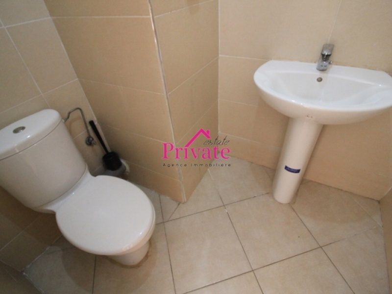 Location,Appartement 80 m² Route de rabat ,Tanger,Ref: LZ462 2 Bedrooms Bedrooms,2 BathroomsBathrooms,Appartement,Route de rabat ,1636